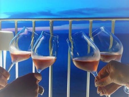 """E' ora di """"champagne italiano"""" sulle rive di Vieste: """"Il Capriccio"""" ospita Encry – Veuve Blanche Est"""