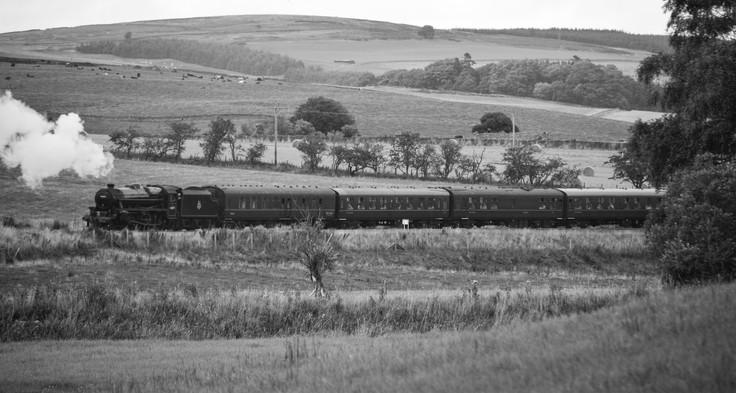 """SRPS Railtours - 44871 """"Sovereign"""" (1568a)"""