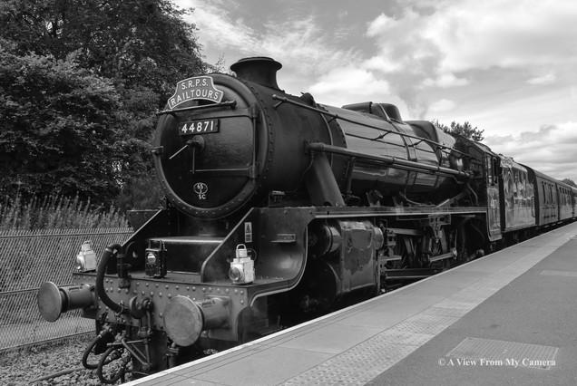SRPS Railtours, BlackFive 44871 (8233)