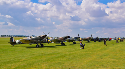 Flight Line of Spitfires (9366a)