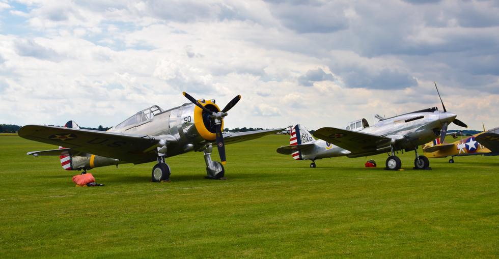 Curtiss-Wright P-36C G-CIXJ and Curtiss-Wright P.40C G-CIIO (9561)