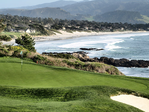 Pebble Beach Golf Course 8th green