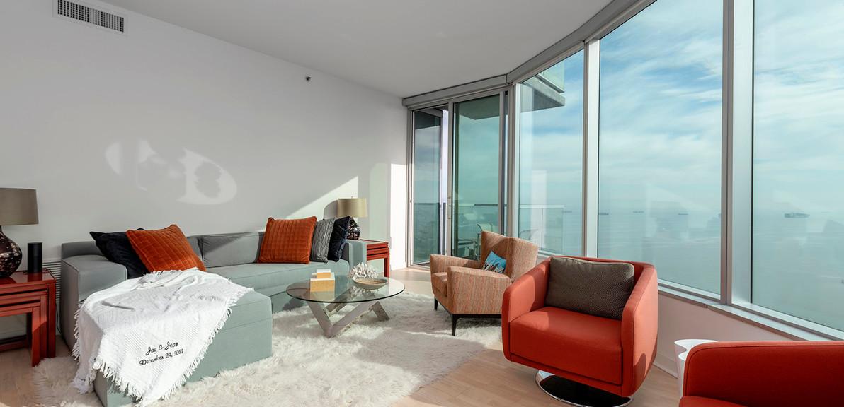 14_livingroom.jpg