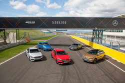 D449424-Quintet-of-success--More-than-5555555-compact-cars-sold-by-Mercedes-Benz