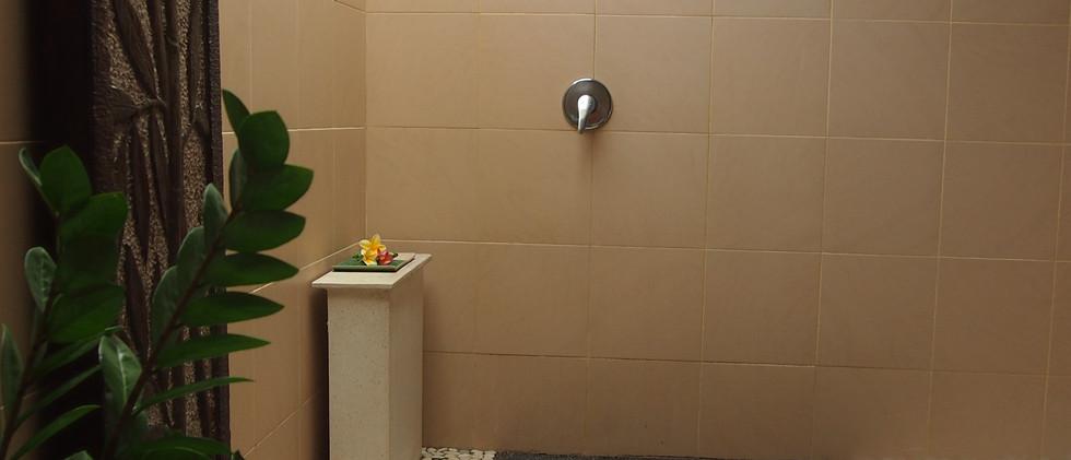 Jalak Putih bathroom
