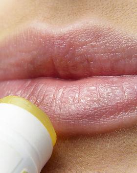 lips-3141753_1280.jpg