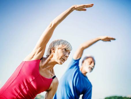 Sesc dá dicas de exercícios para a terceira idade se manter ativa durante a quarentena
