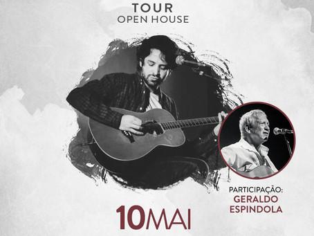 Em turnê pelo Mato Grosso do Sul, o cantor e compositor Jonavo realizará hoje (09) uma Parada Folk