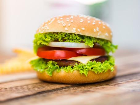 Hambúrguer gourmet é opção para inovar no preparo de pratos em casa