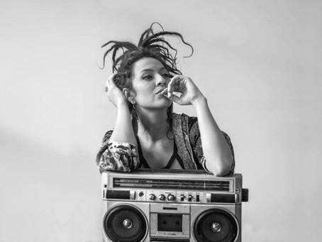 """Cantora Marina Peralta promove festa """"Estamos Viv@s"""" em Campo Grande"""