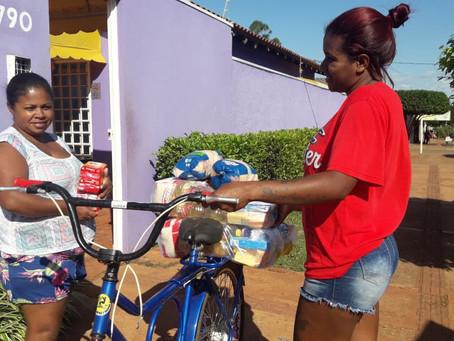 Fraternidade sem Fronteiras entrega mais de 40 mil cestas básicas no Brasil e na África