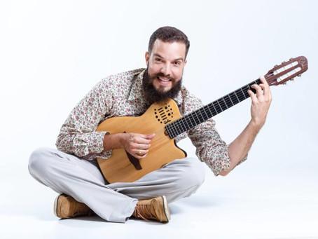 Sesc fará Happy Hour Digital com Chicão Castro para o público assistir em casa