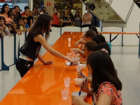 Evento gratuito faz criançada colocar a mão na massa