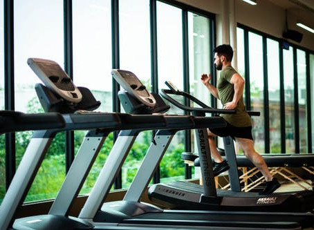 How can I burn 1000 calories on a treadmill: