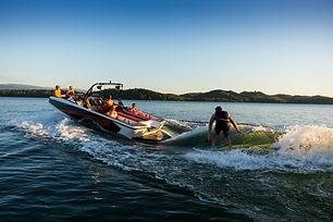 heyday_wakesportboat_2018.jpg