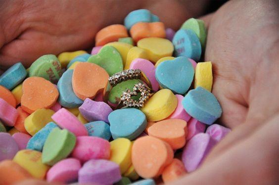 Wedding themes - wedding theme guide - wedding invitations - wedding stationery - love hearts wedding