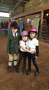 youth children lessons horse show event Cadence