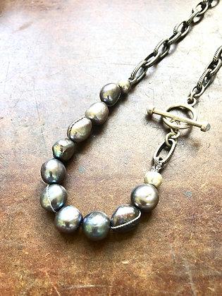 Dark Pearl Necklace