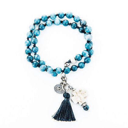 Blue toned jade and howlite bracelet