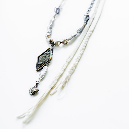 Braided Leather and Black Pearls Necklace