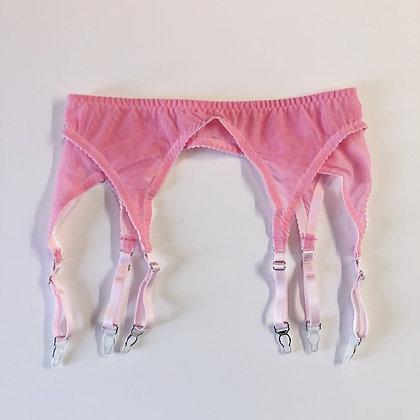 Basic pink suspender