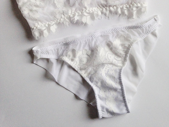 FIRST KISS knickers in stock
