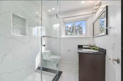 staged bathroom gta