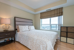 bedroom-after-staging-toronto-condo