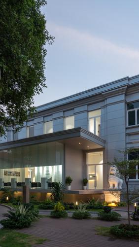 New_sosoro_museum_phnom_penh_3.jpg