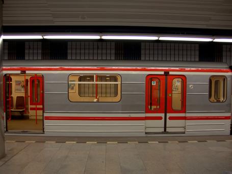 Prague adds one metro connection, shortens intervals
