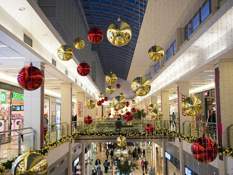 Shops may open before Christmas