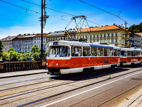 Cheaper monthly coupons for Prague's public transport?