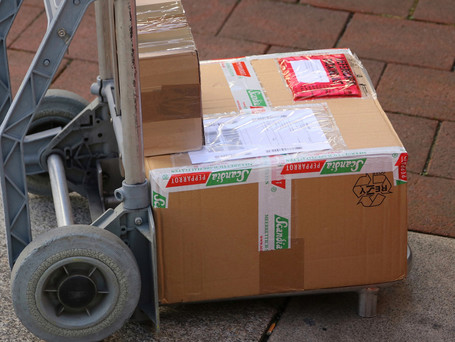 Courier services at the limit of their capacity