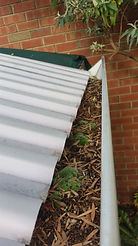 gutter cleaner in somerton park,gutter cleaner,gutter,cleaner,cleaning,clean,somerton park,somerton,park,business,company,in,near,roof,house,commercial,adelaide,hills,sa,local