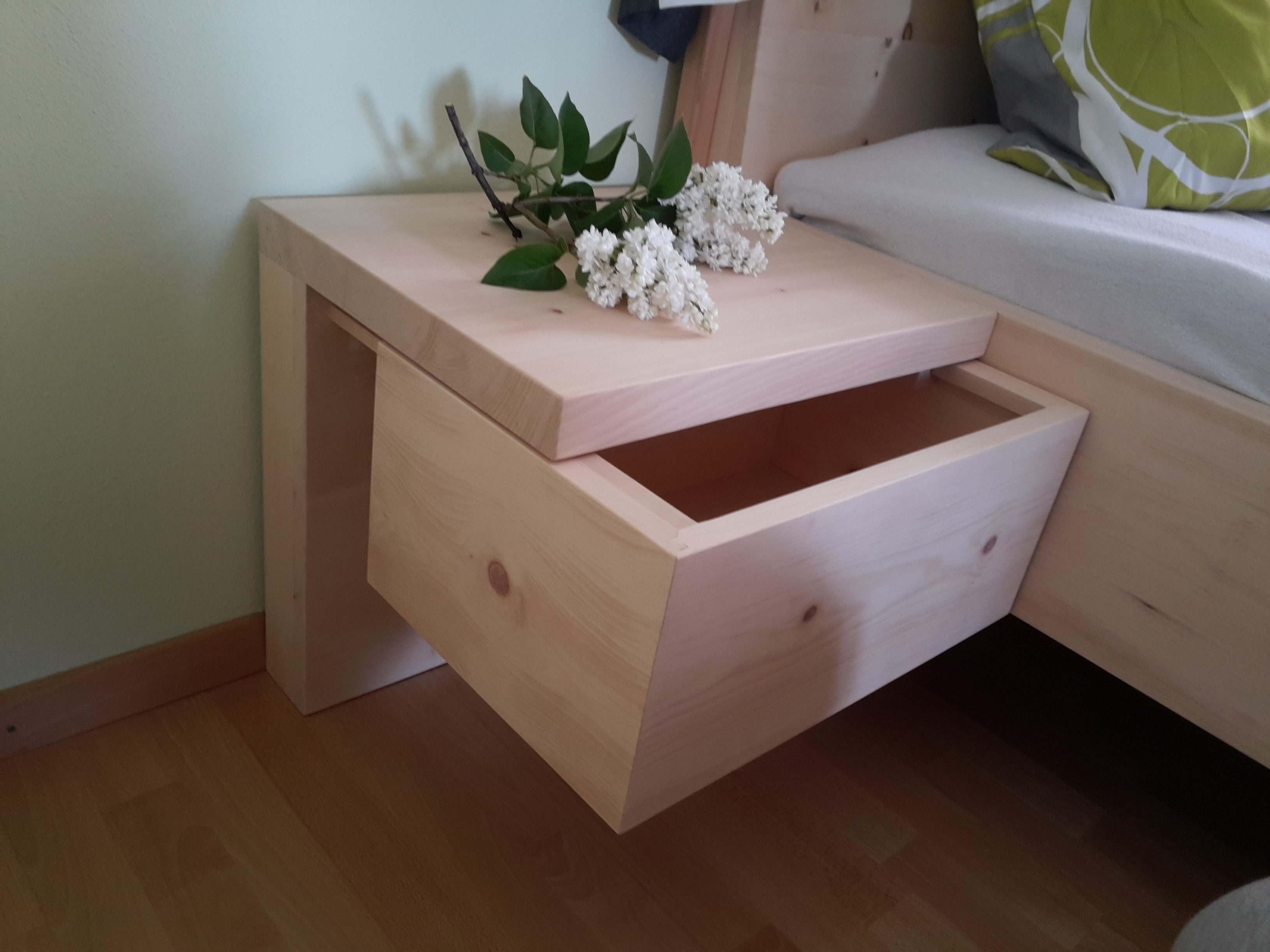 Zirben Holz Bett