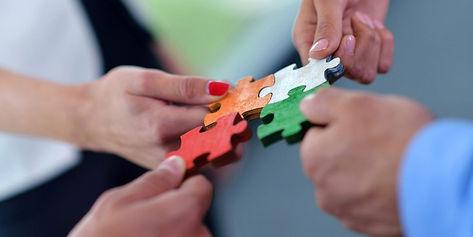 Team-building-puzzle-1-1920x960.jpg