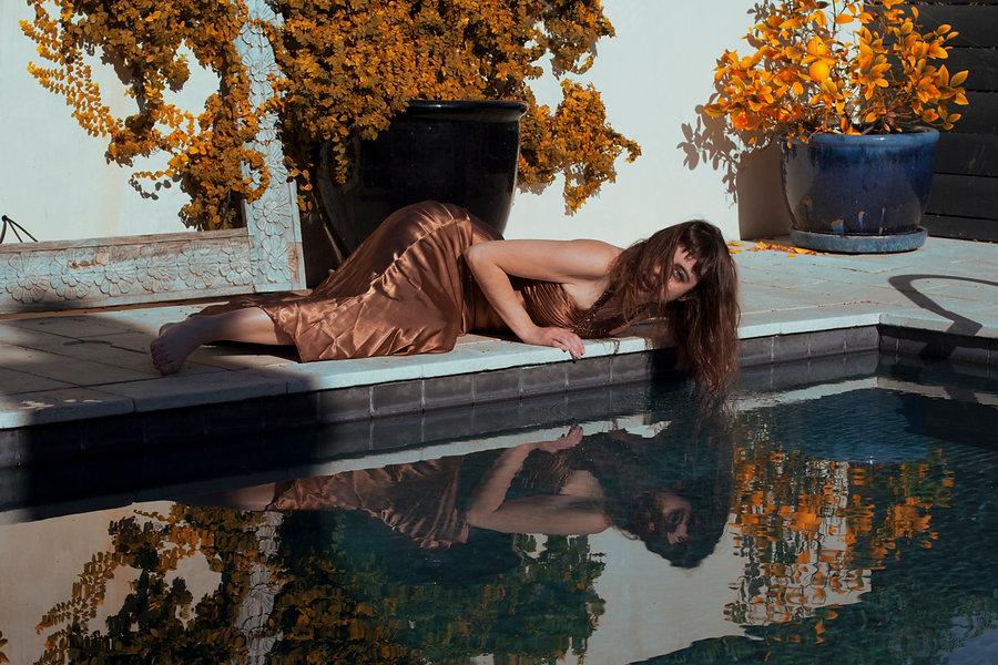 poolside glam 1.jpg
