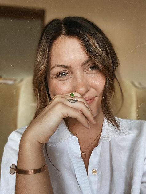 Woman-smiling-wearing-white.jpg