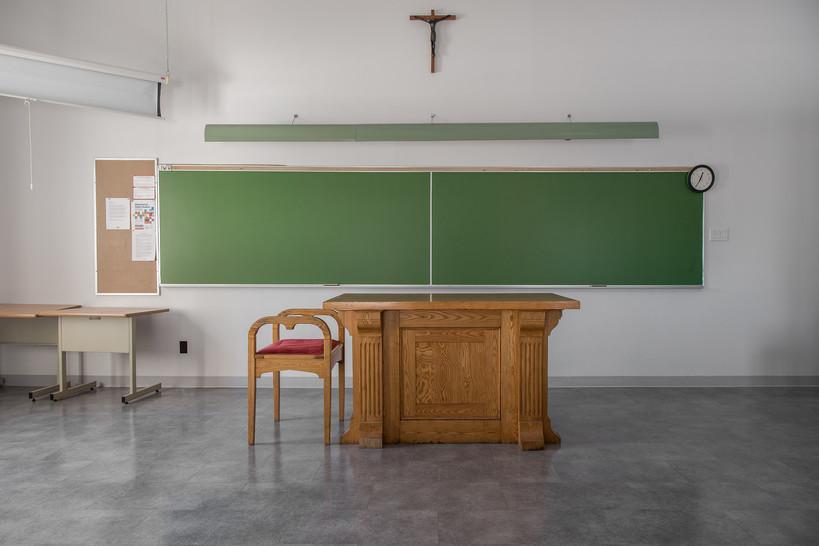 20190306-_domincan School house.jpg