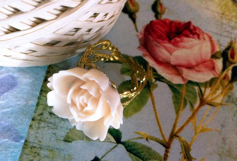 Weiße Rose geformt Ring