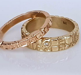 hand engraved gold and diamond wedding bands