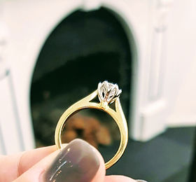 Diamond tulip setting diamond engagement ring