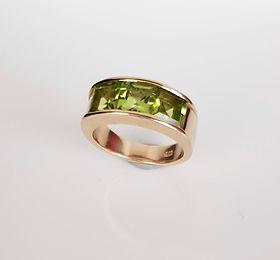 gold and peridot dress ring