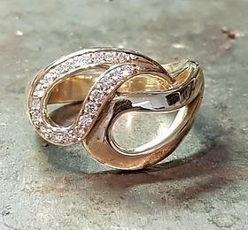 diamond and gold swirl dress ring