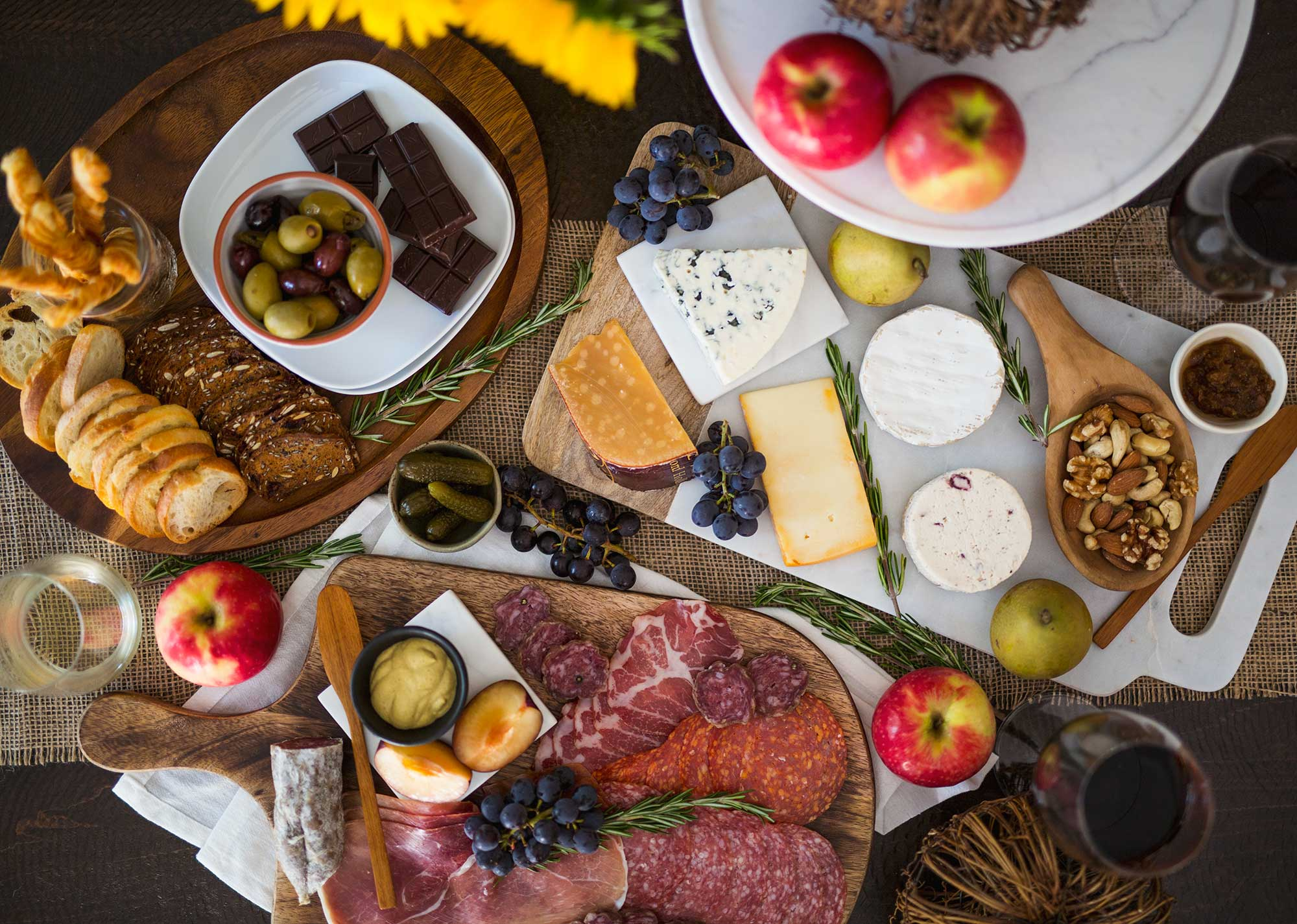 Build-Thanksgiving-Charcuterie-Board