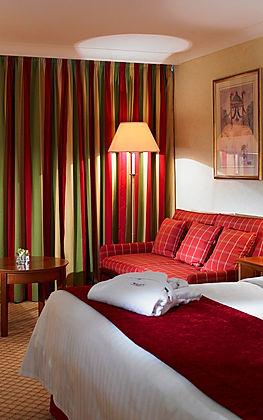 Bedroom at the Bexleyheath Marriott hotel