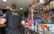 Counterfeit goods are seized by the Federal Revenue operating in southwest Bahia