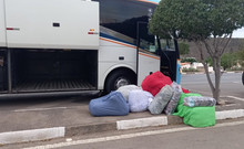 Counterfeit clothes from famous brands are seized in Chapada Diamantina