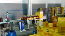 Police arrest one and close a clandestine factory capable of producing 1,000 bottles of beverages