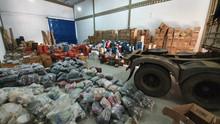 Polícia encontra galpão com cerca de R$ 2 milhões em calçados falsificados na BA